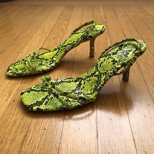 Fluorescent slinky snake kitten heel, sz 9 🐍